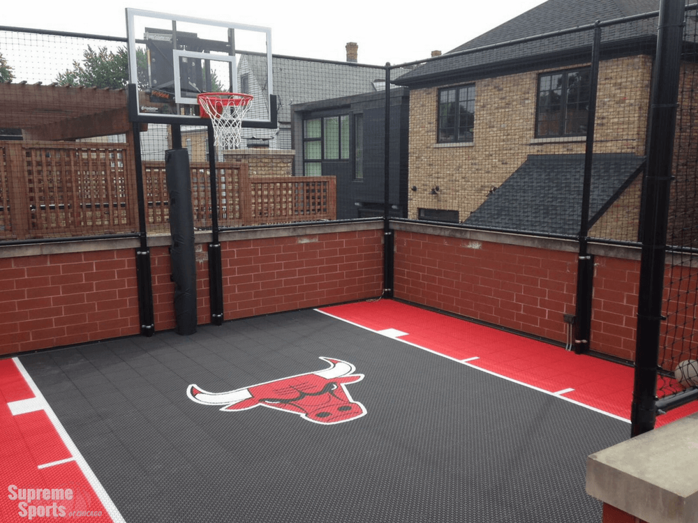 Rooftop basketball court with Chicago Bulls logo and colors